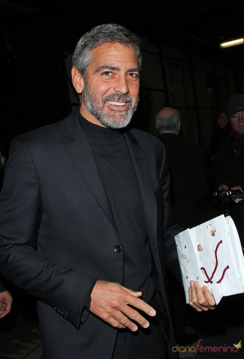 George Clooney con barba