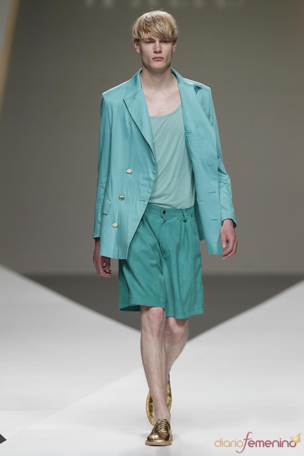 Cati Serra con el verde para la primavera-verano 2011