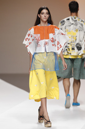Cibeles Madrid Fashion Week 09-2010: Cruz Castillo