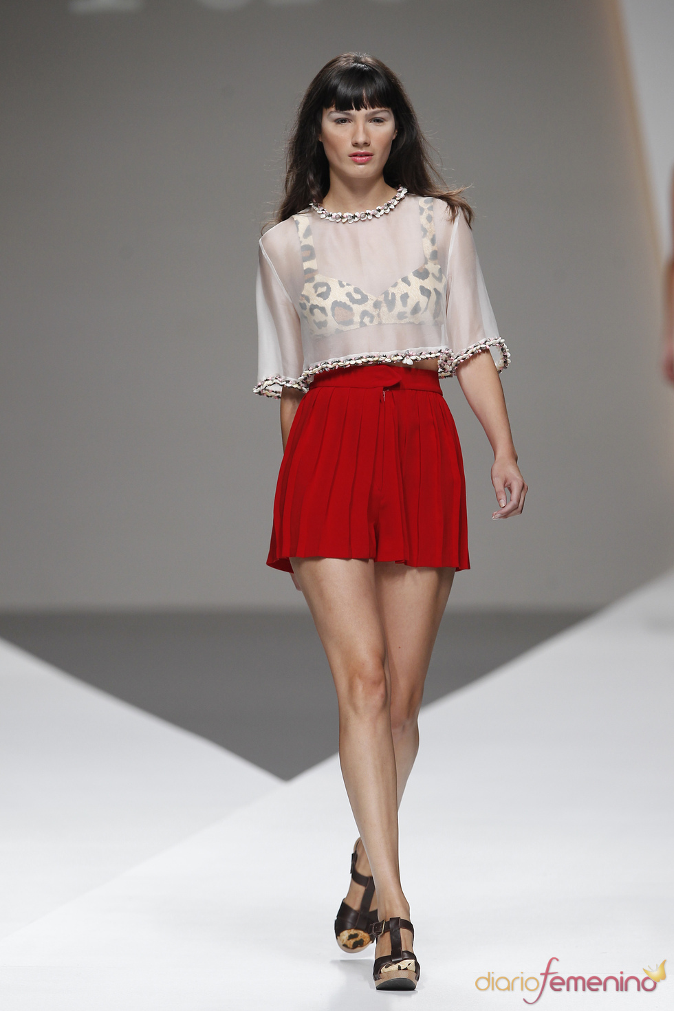 El print animal sigue siendo tendencia para American Pérez durante la Madrid Fashion Week