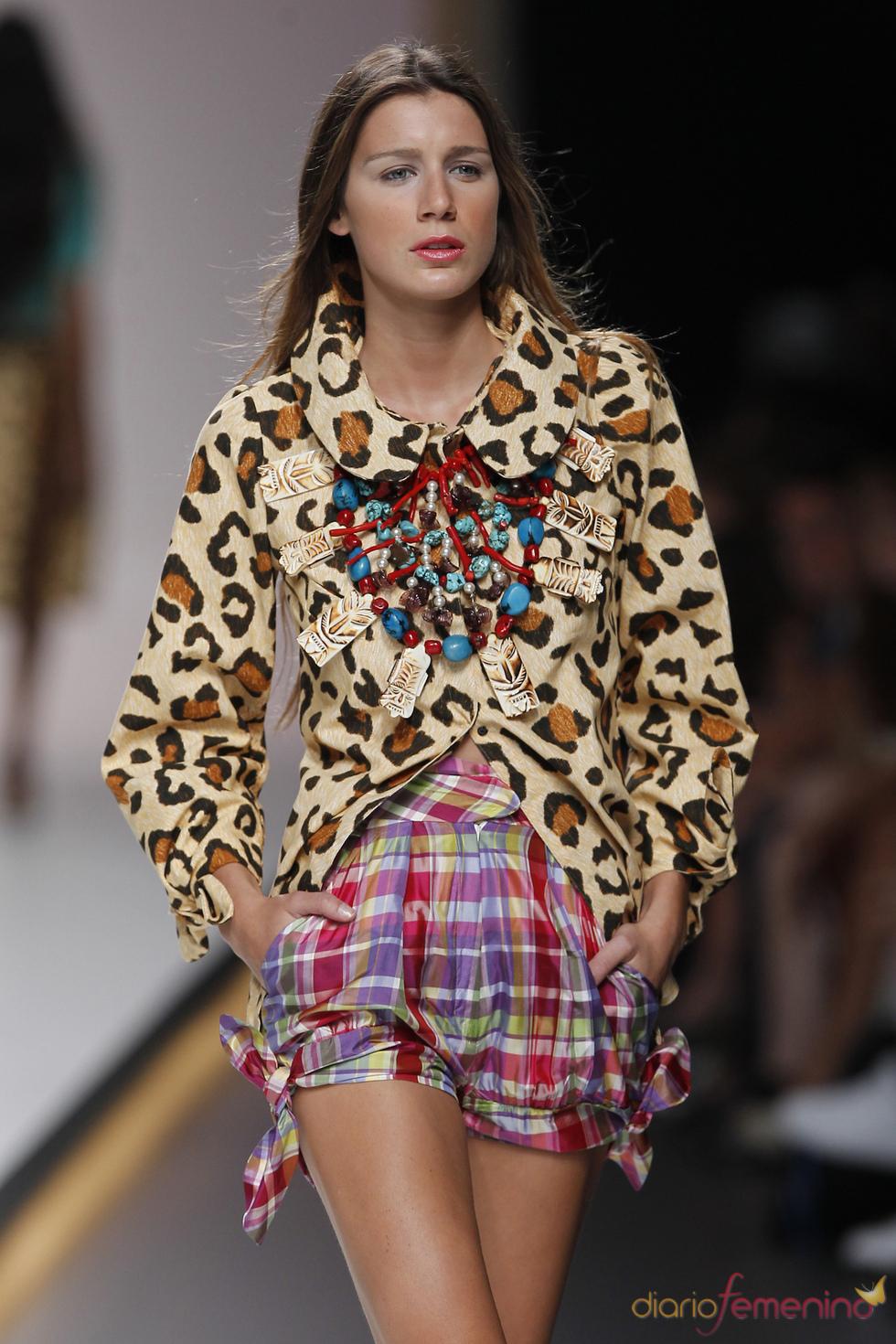 Coloridos shorts para la primavera verano de 2011 según American Pérez