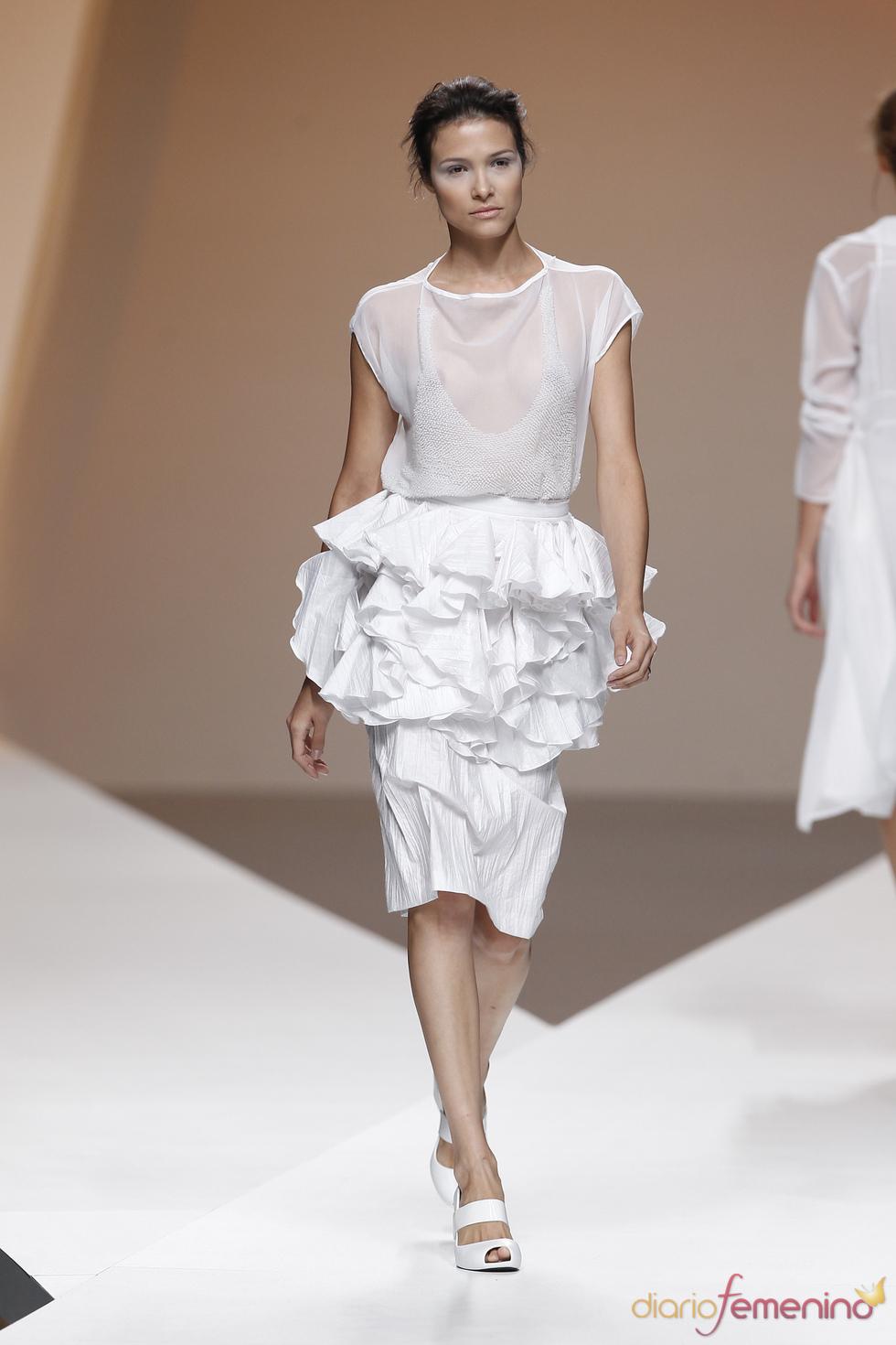 Blusa transparente de Diana Dorado en la Madrid Fashion Week