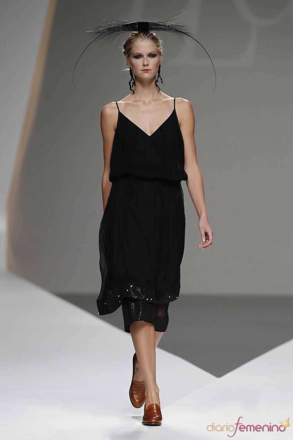 Lluis Corujo apuesta por el negro en la Madrid Fashion Week