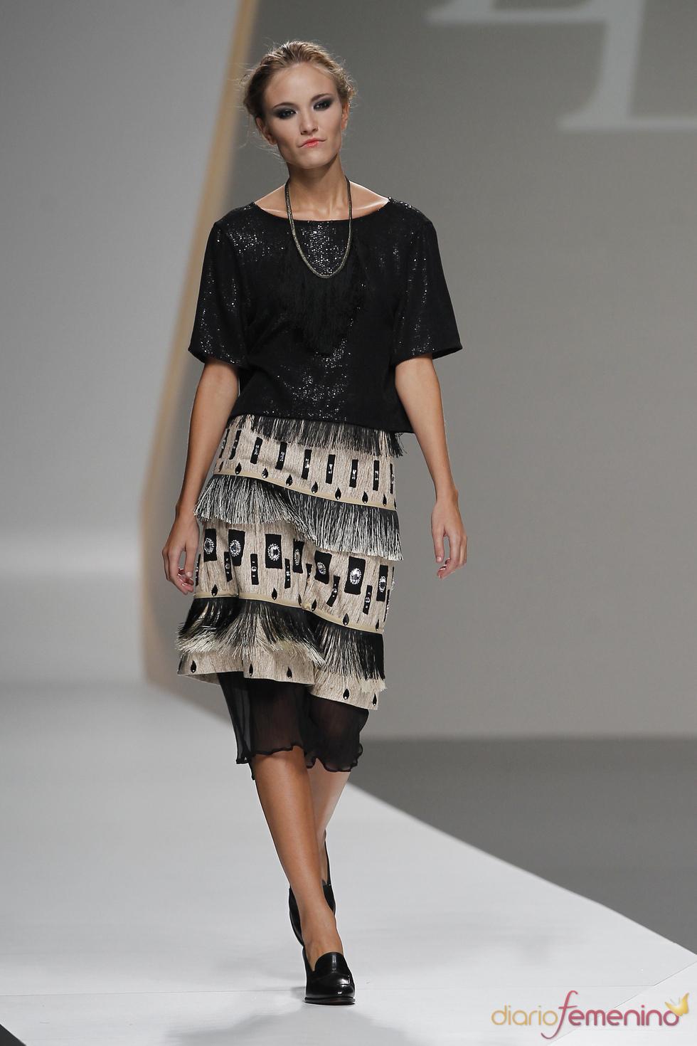 Lluis Corujo combina distintos largos durante la Madrid Fashion Week
