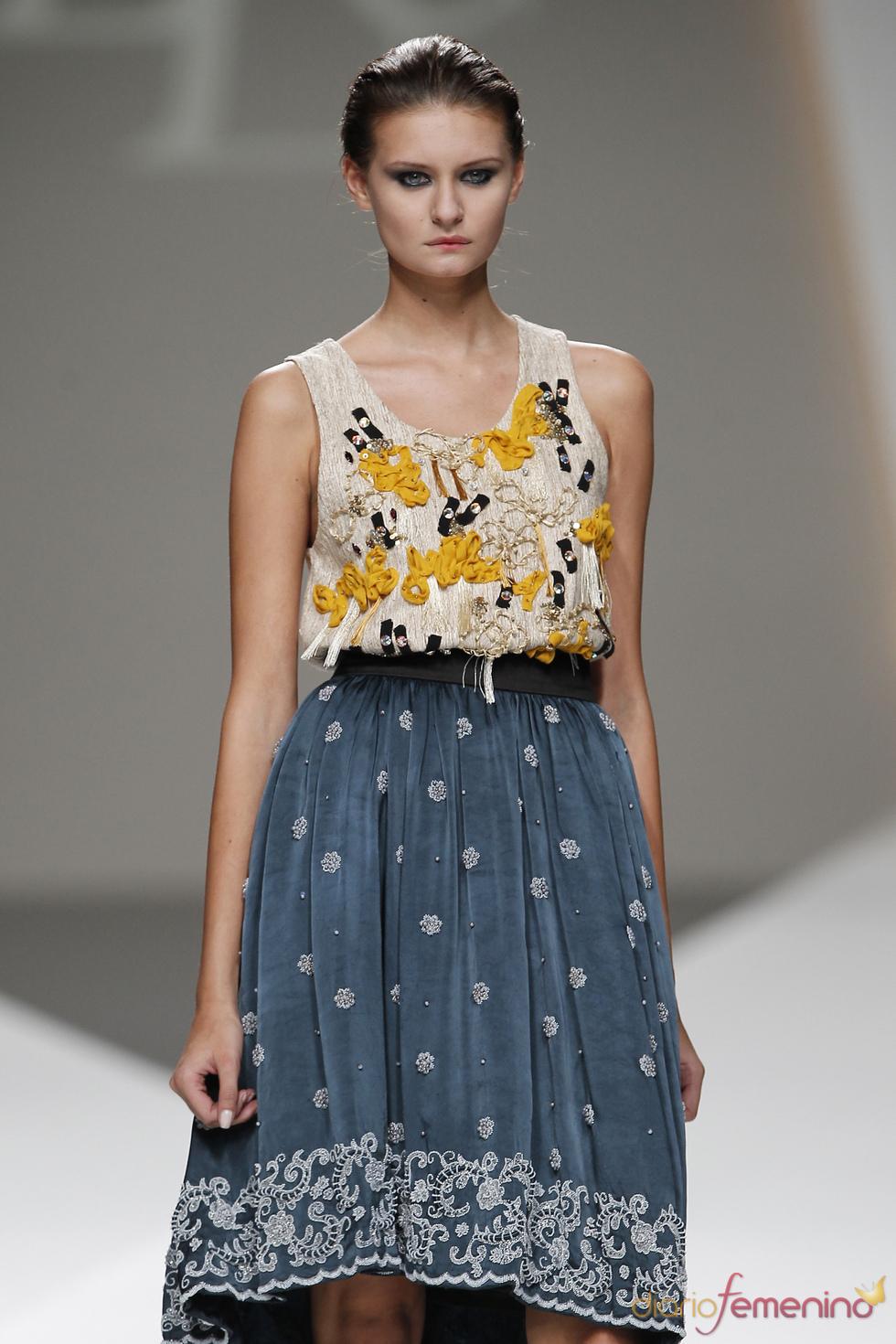 Falda romántica de Lluis Corujo en la Madrid Fashion Week