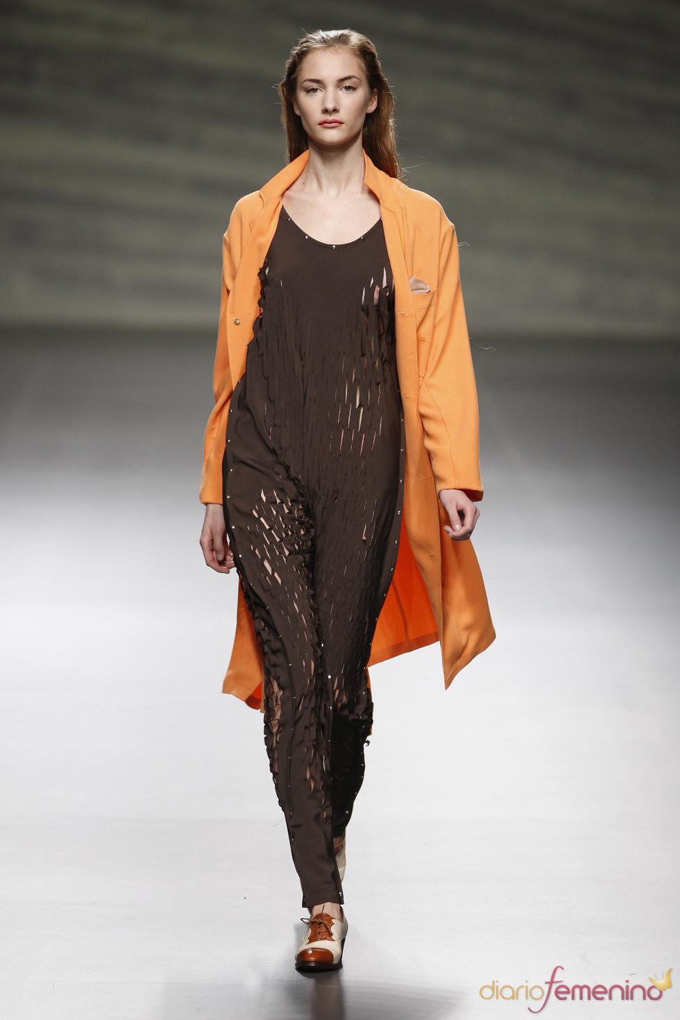 Martin Lamothe opta por el perforado en la Madrid Fashion Week