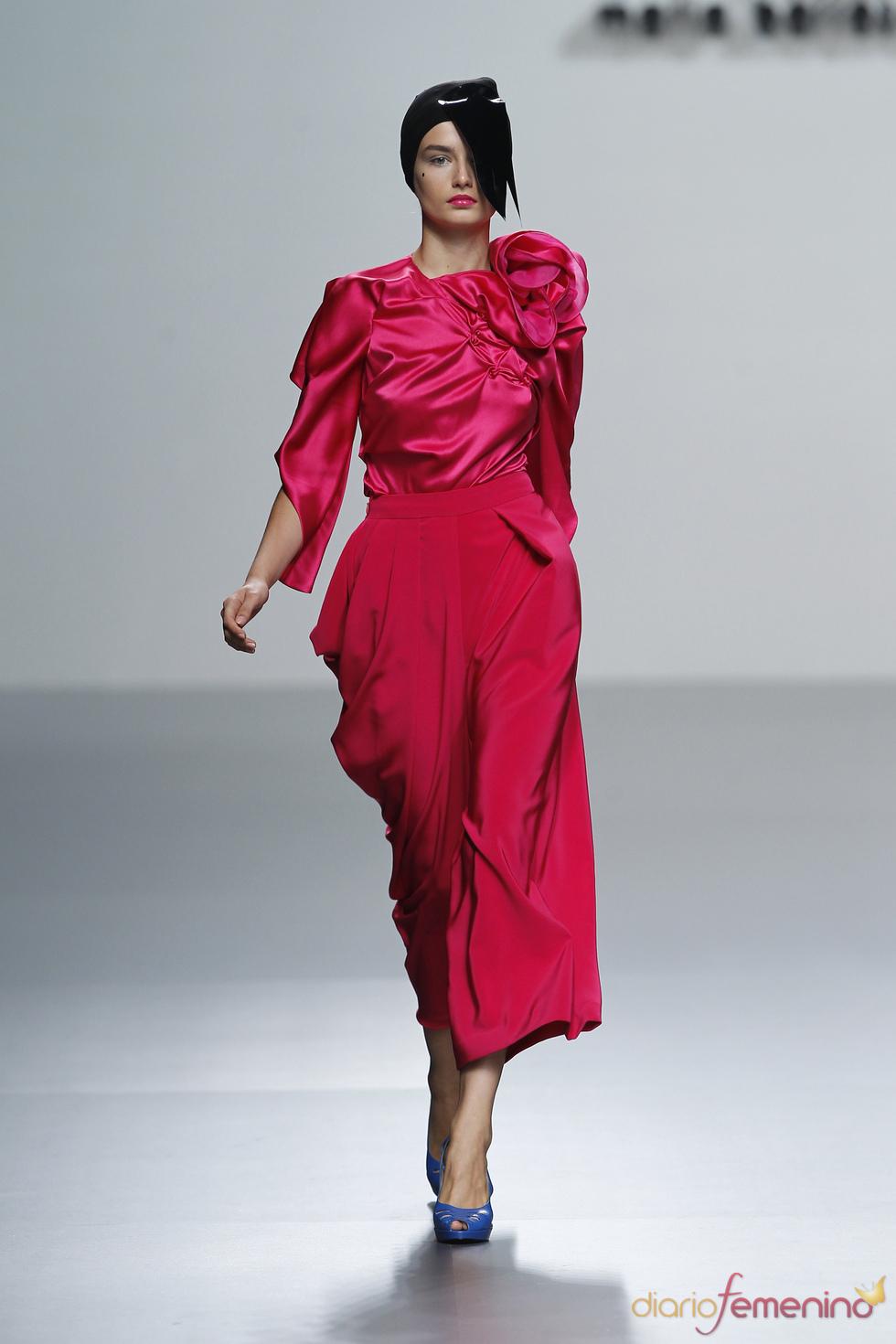 María Barros tiñe de rosa la Madrid Fashion Week