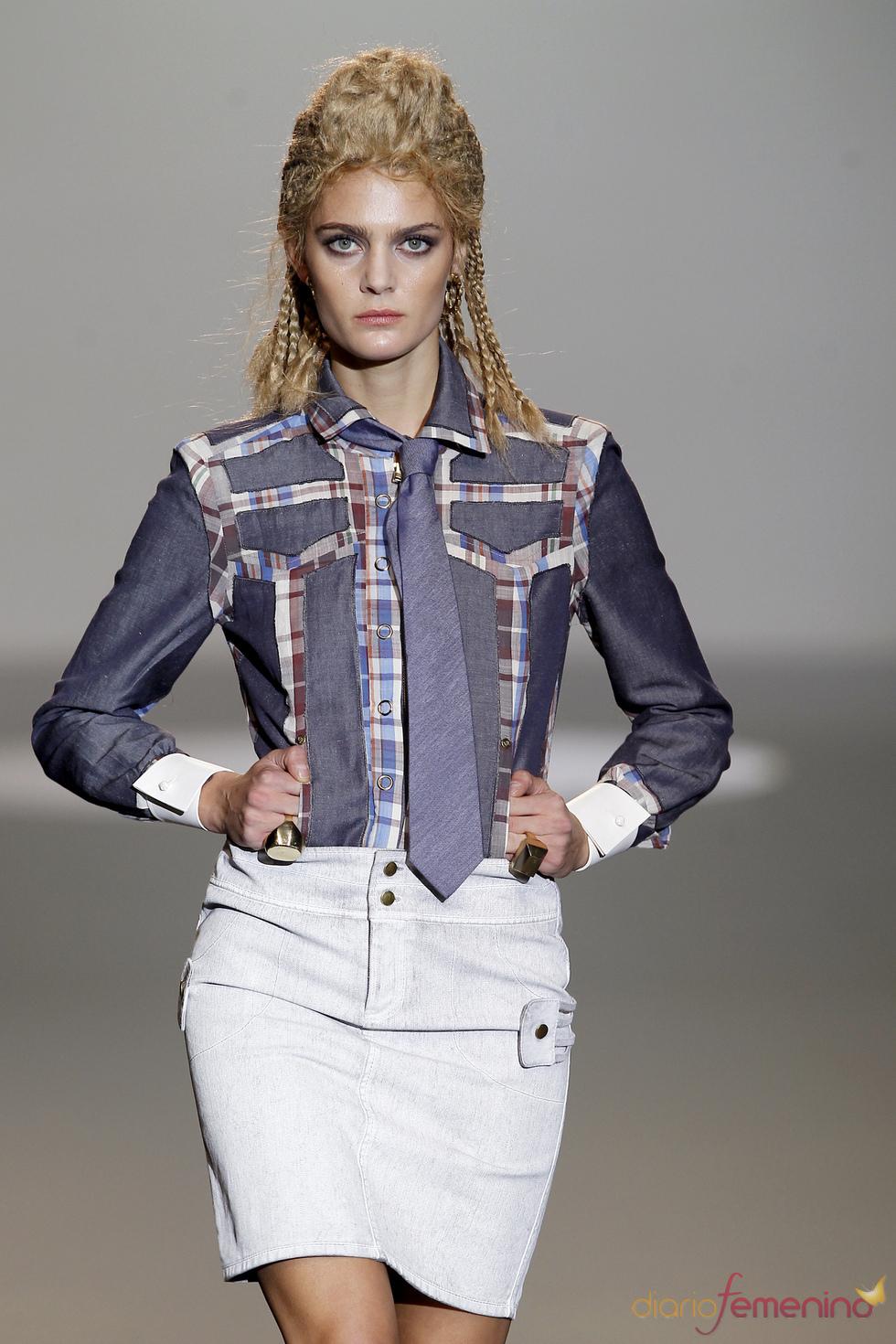 denim y patchwork se alían según Nicolás Vaudelet en la Madrid Fashion Week
