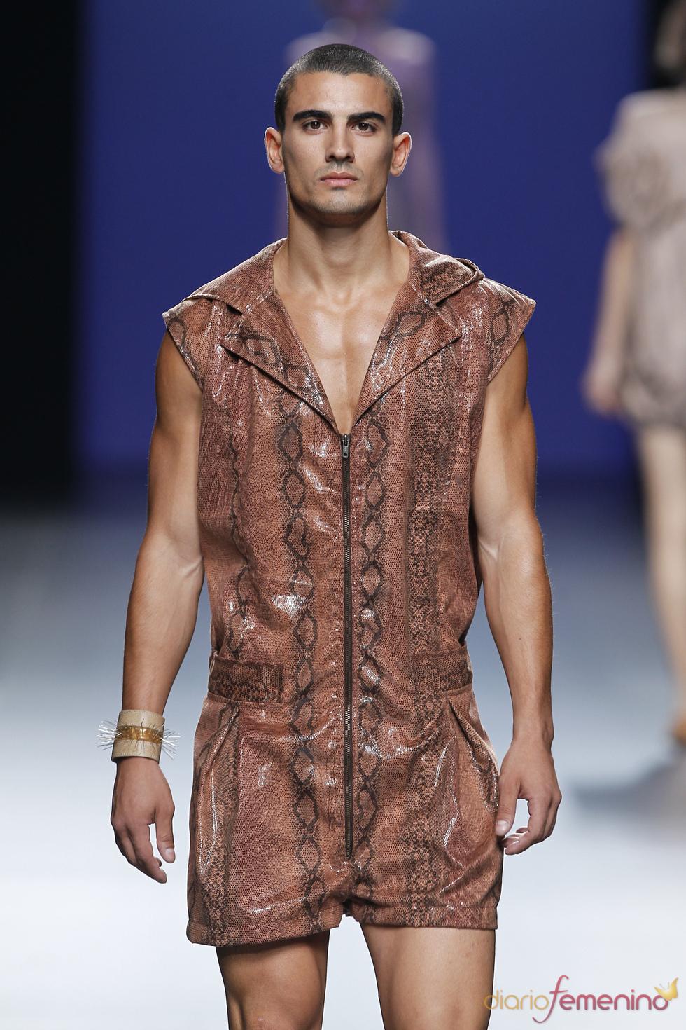 Moda hombre de Antonio Alvarado para la primavera verano de 2011
