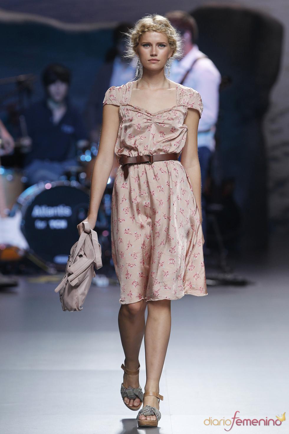 Romántico vestido de TCN para la Madrid Fashion Week