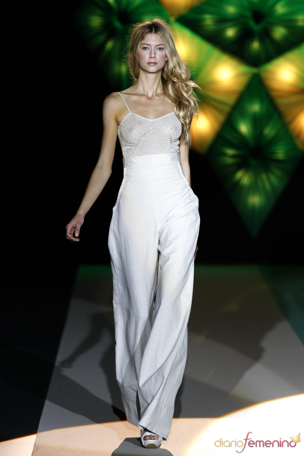 Sita Murt: tejidos frescos para la primavera-verano 2011