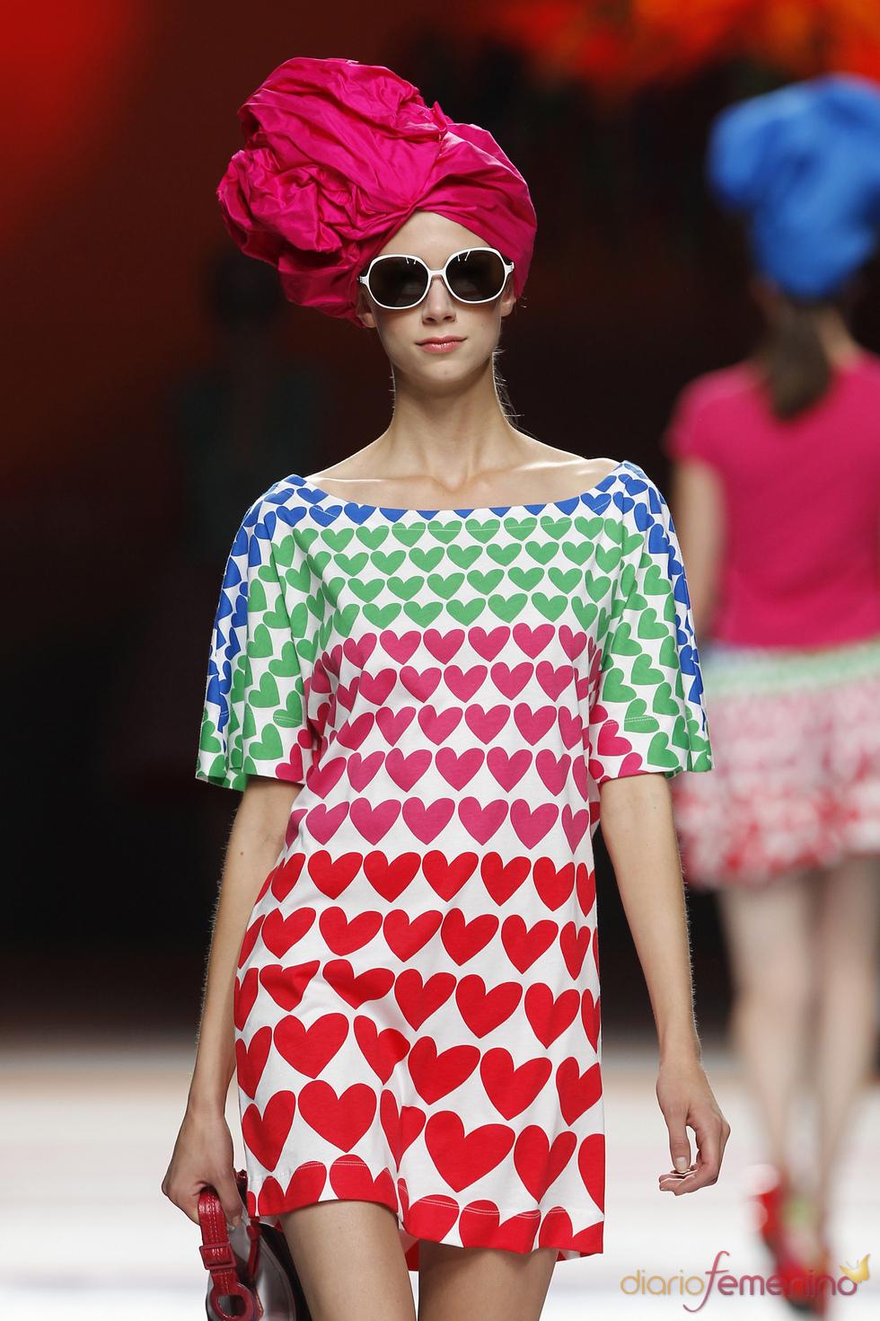 Vestido corto de Ágatha Ruiz de la Prada para el verano de 2011