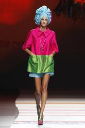 Colores vivos en la nueva colección de Ágatha Ruiz de la Prada