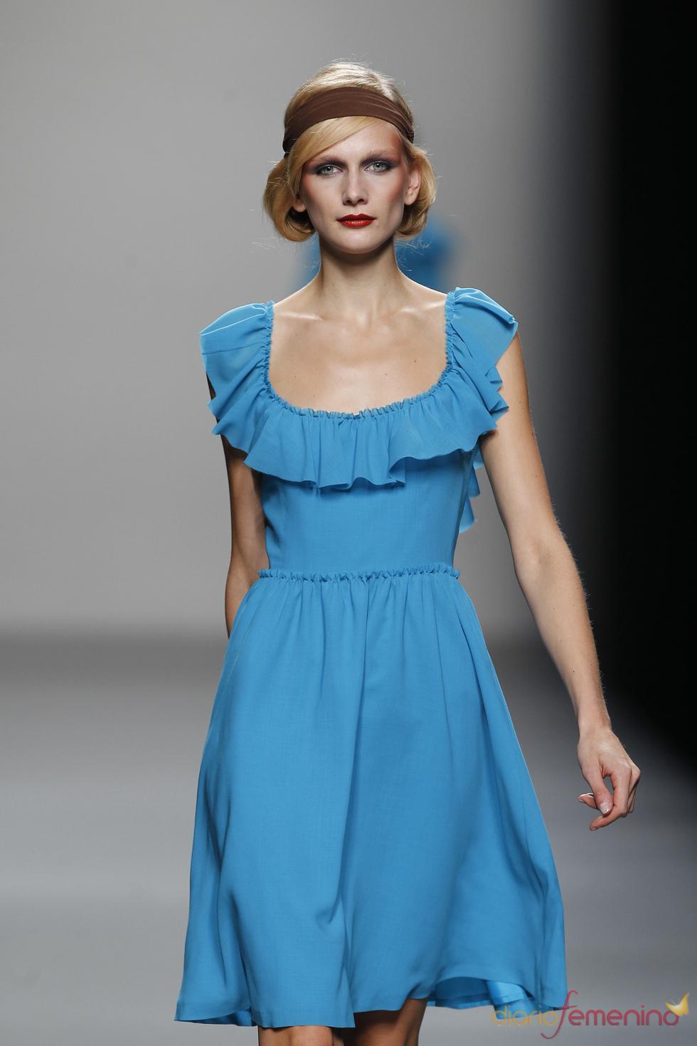Vestido azul y juvenil de Lemoniez