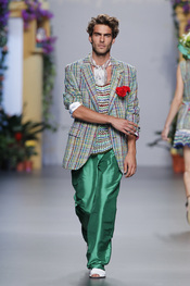Jon Kortajarena desfila en la en Cibeles Madrid Fashion Week
