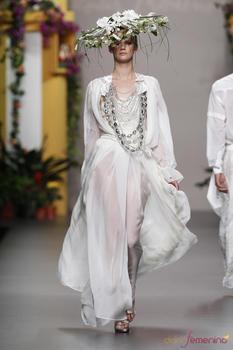 Moda mujer de Francis Montesinos en Cibeles Madrid Fashion Week