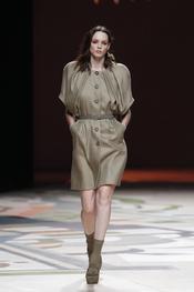 Vestido elegante de Ailanto para la primavera-verano 2011