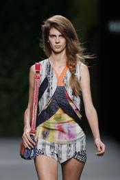 Devota & Lomba presenta su colección primavera-verano 2011