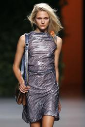 Devota & Lomba incluye estampado de cocodrilo en su colección primavera-verano 2011