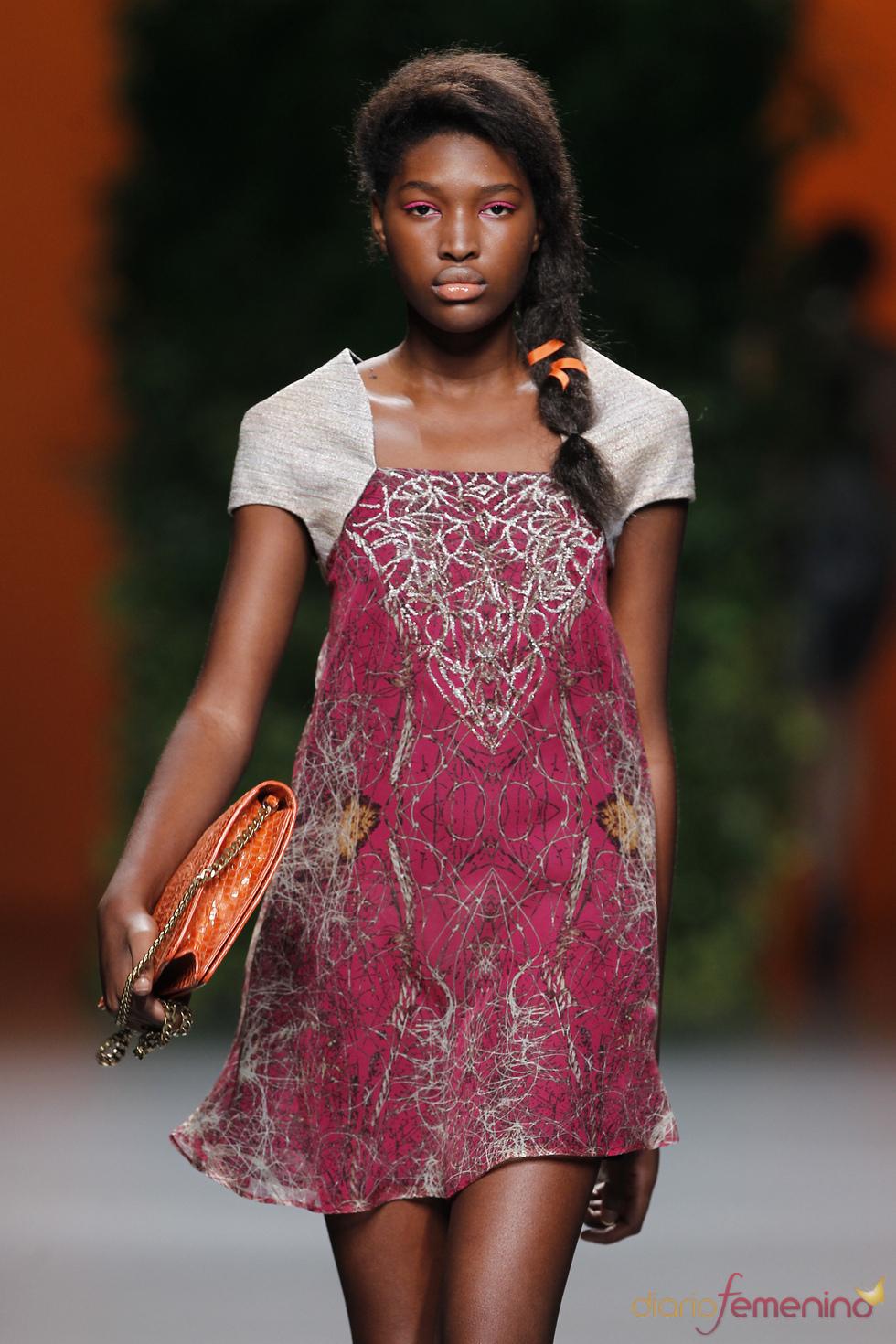Vestido coqueto de Devota & Lomba para la primavera-verano 2011