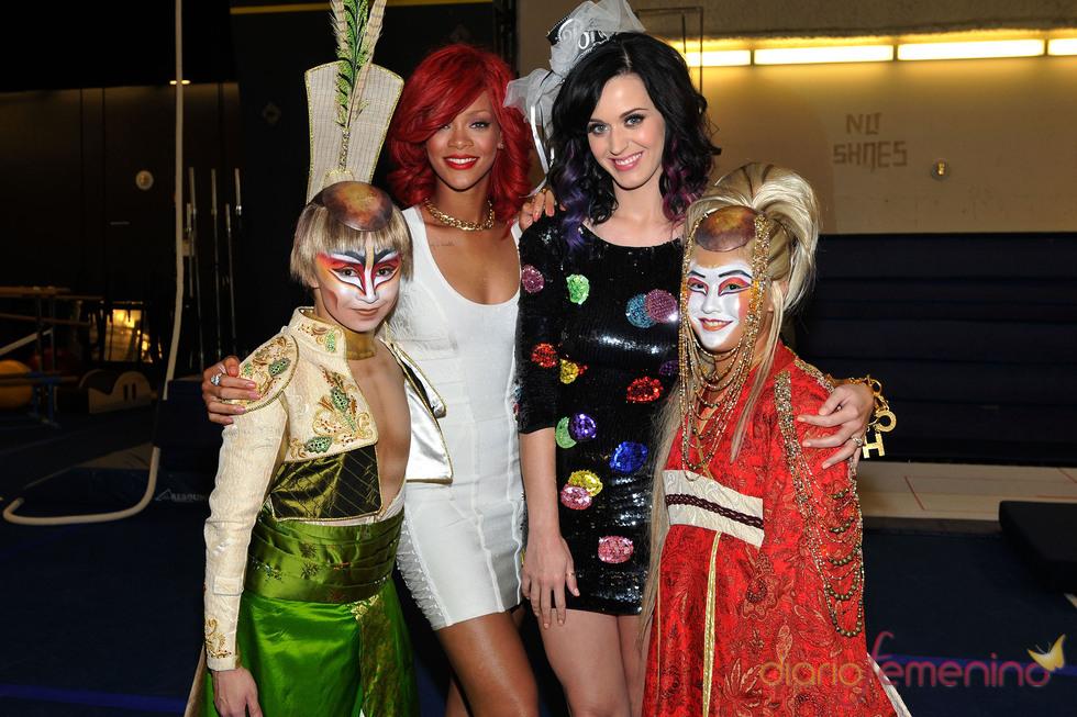 Rihanna organiza a Katy Perry su despedida de soltera