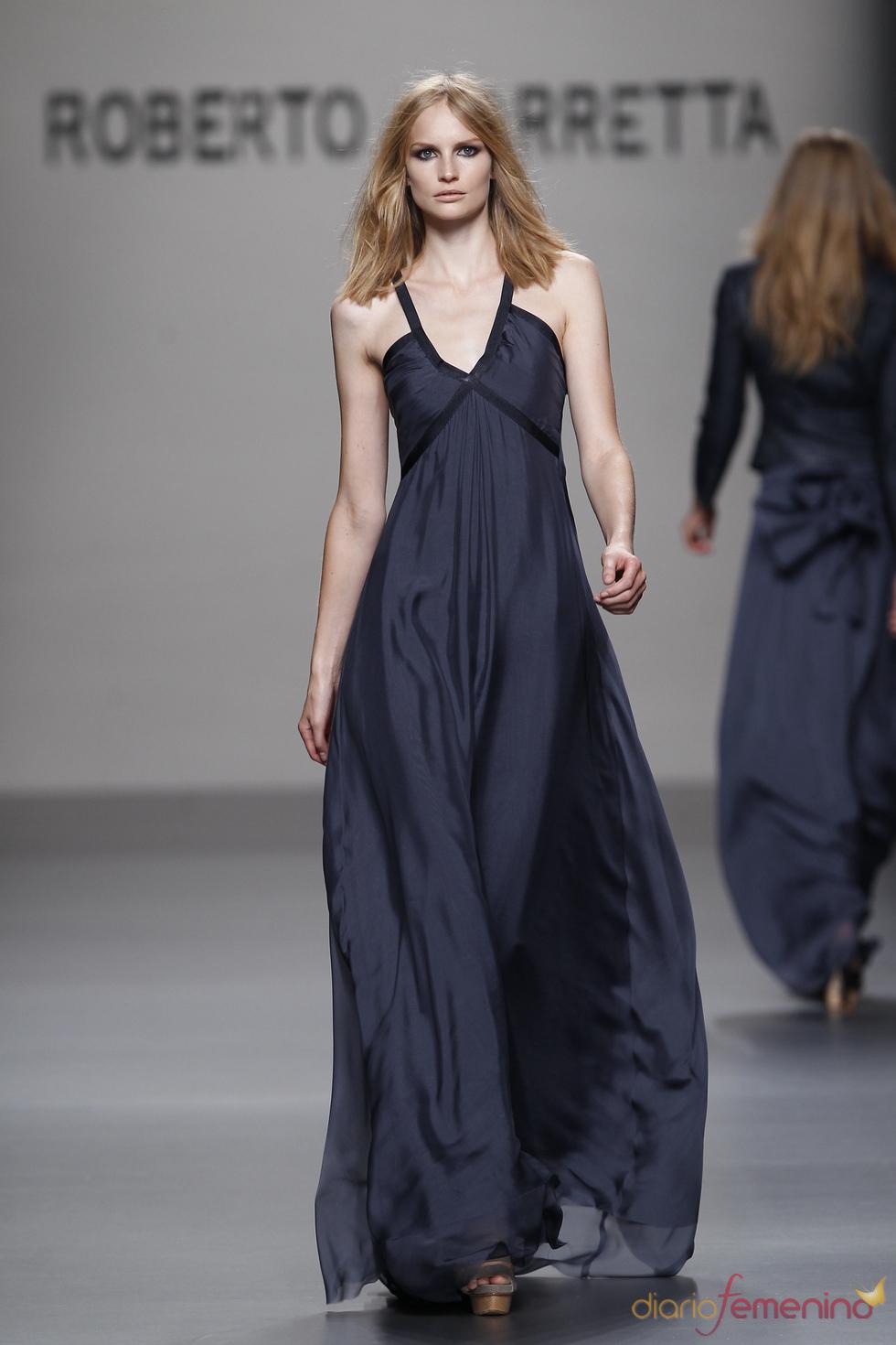 Vestido de noche de Roberto Torretta para la primavera 2011