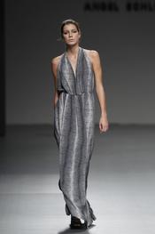 Vestido largo de Ángel Schlesser para la primavera de 2011