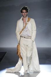 Kortajarena presenta al hombre de Roberto Verino para 2011