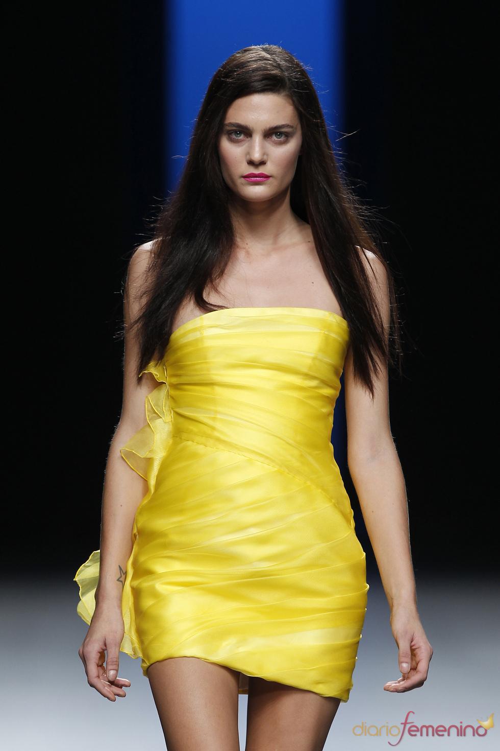 colores sensuales en la colecci n primavera verano 2011 de