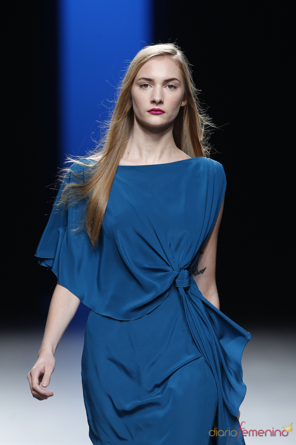 Juanjo Oliva opta por la suavidad de las telas en Cibeles Madrid Fashion Week