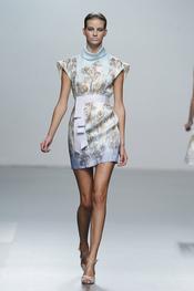 Vestido estampado para primavera-verano 2011, Miriam Ocariz
