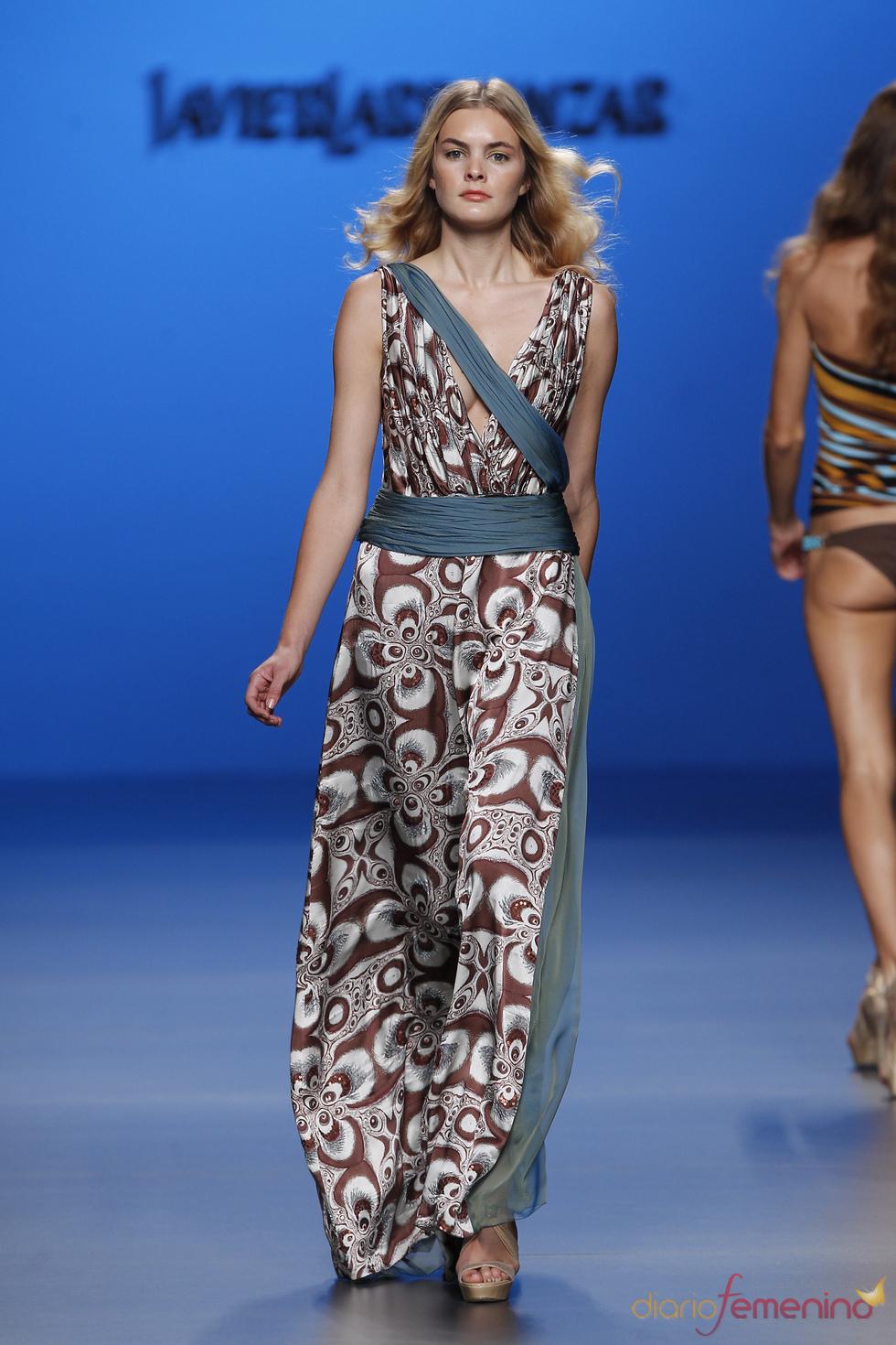 Vestido largo tipo helénico, primavera-verano 2011 de Javier Larrainzar