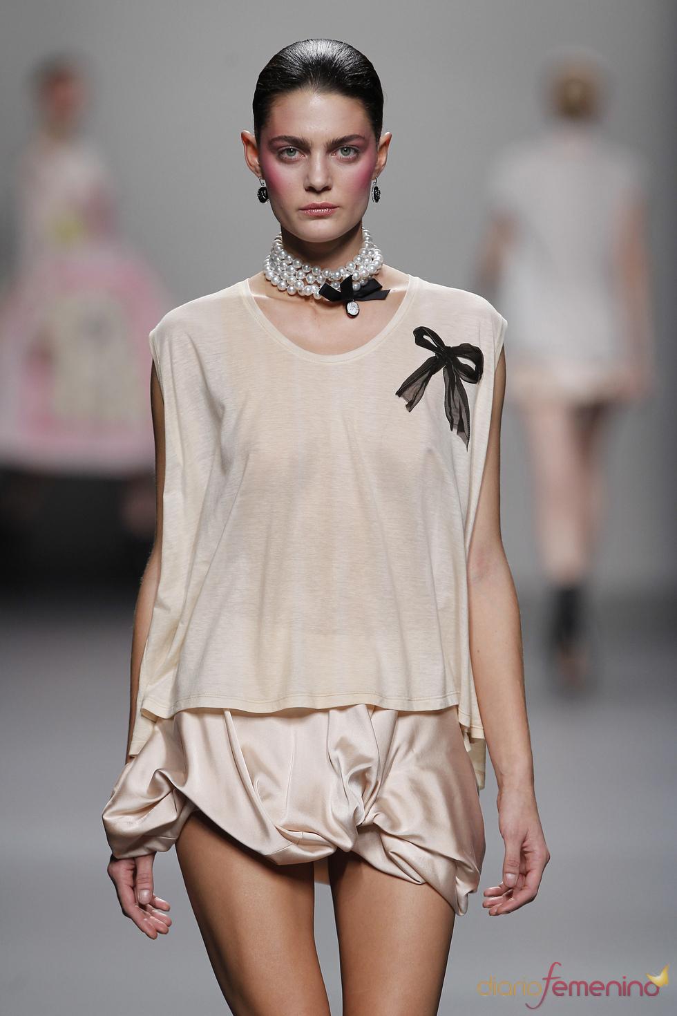 Dulce creación de Lydia delgado para esta primavera-verano 2011