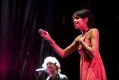 Raquel del Rosario canta en el concierto por el 60 aniversario de SEAT