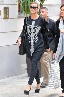 Heidi Klum, loca por sus huesos