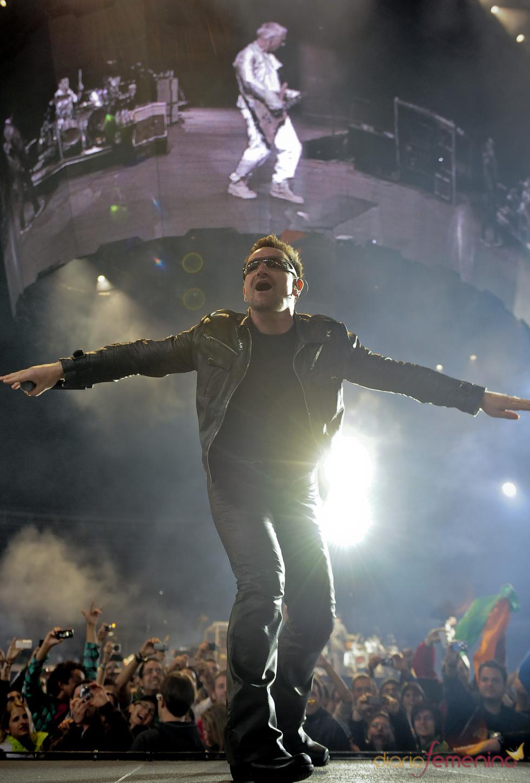 Bono, en un concierto en Anoeta