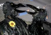 Irreconocibles Seal y Heidi Klum vestidos de cuervos en Halloween