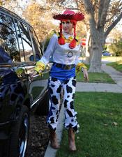 Gwen Stefani vestida de Jessie, la vaquera de Toy Story, en Halloween