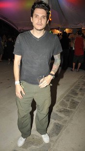 John Mayer, un chico tatuado