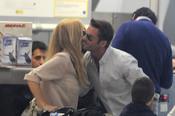 Marta Sánchez y Hugo Castejón se besan