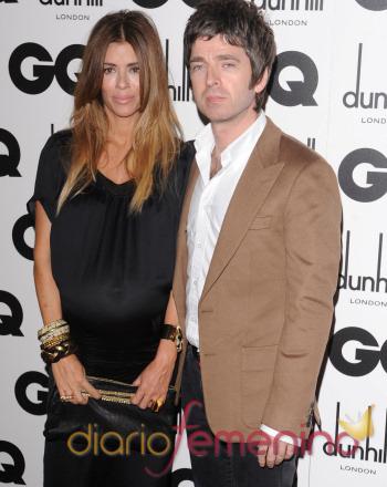 Noel Gallagher y su mujer Sara MacDonald