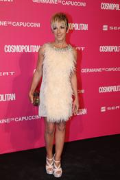 Ana Torroja recibe un galardón en los Premios Cosmopolitan 2010