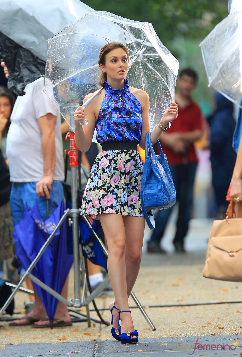 Leighton Meester con un look floral