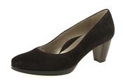 Zapato negro, ideal para Halloween