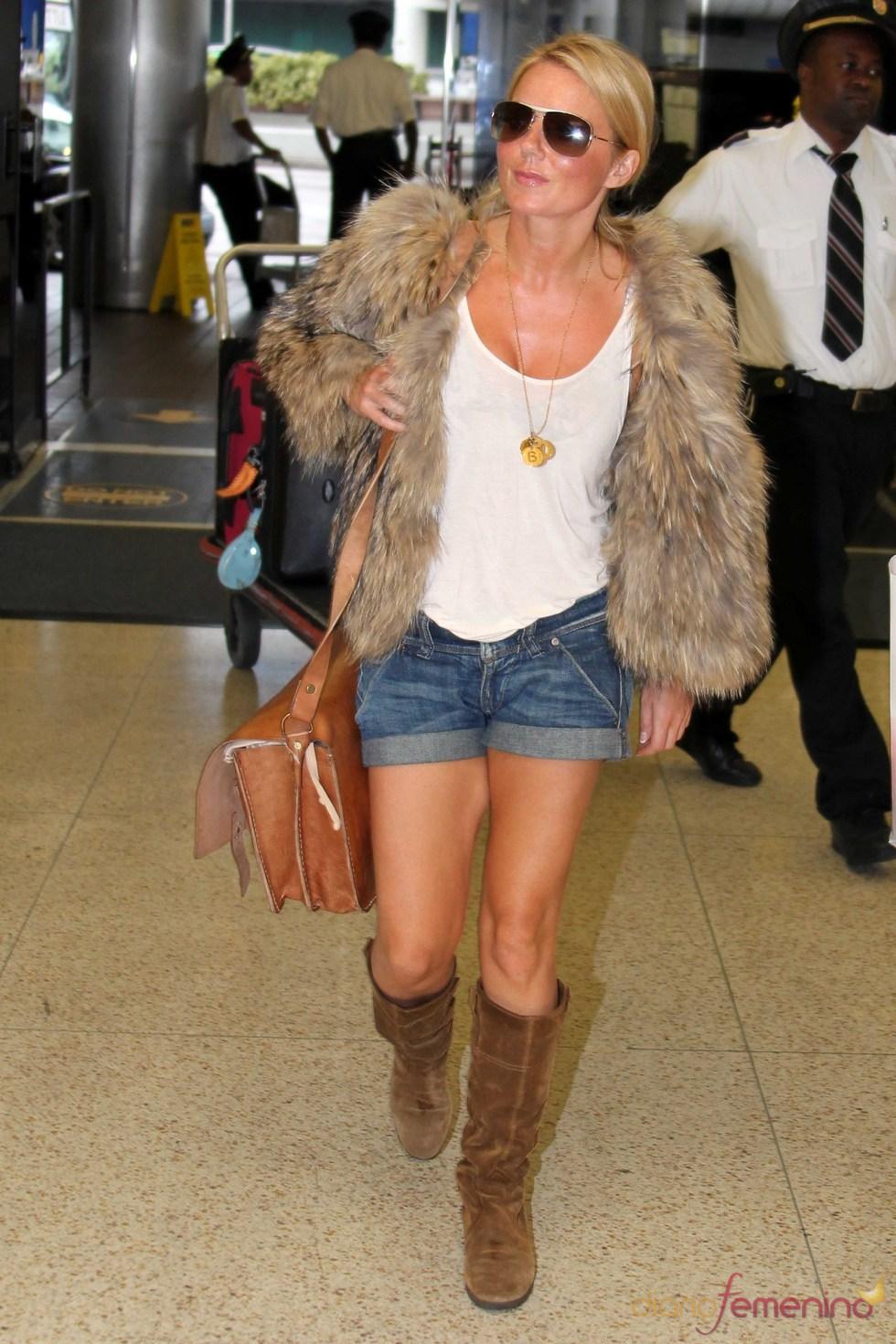 Geri Halliwell combina su chaleco con un look más informal