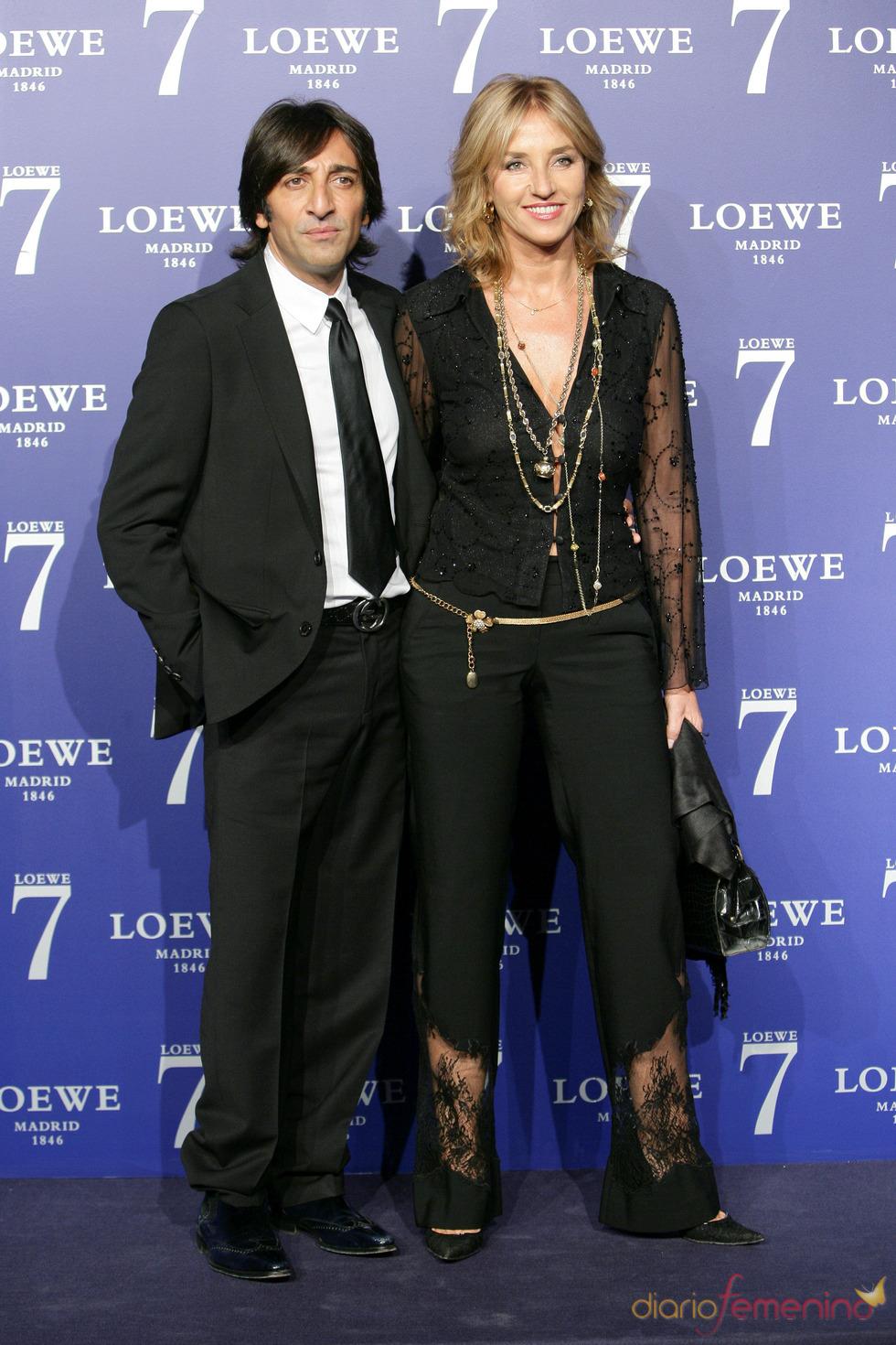 Antonio Carmona y su mujer en la presentación de la fragancia 7 de Loewe Madrid