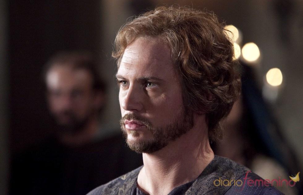 Matt Devere es Robert de Gloucester en 'Los pilares de la Tierra'