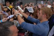 Las fans de Kellan Lutz llevaban dos días esperando al raso