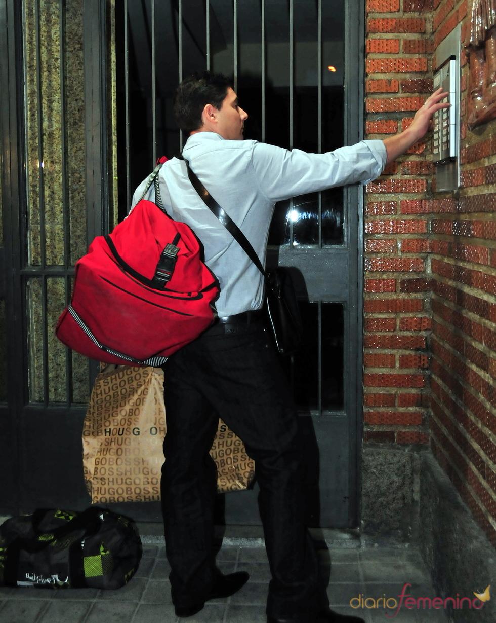 Fran Álvarez se muda a casa de sus padres