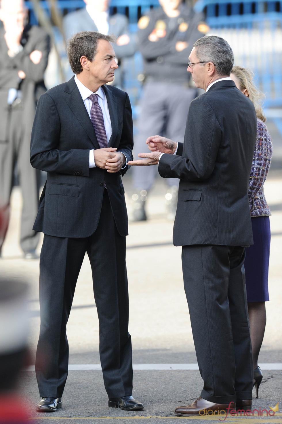 El presidente Zapatero dialoga con Gallardón el día de la Hispanidad